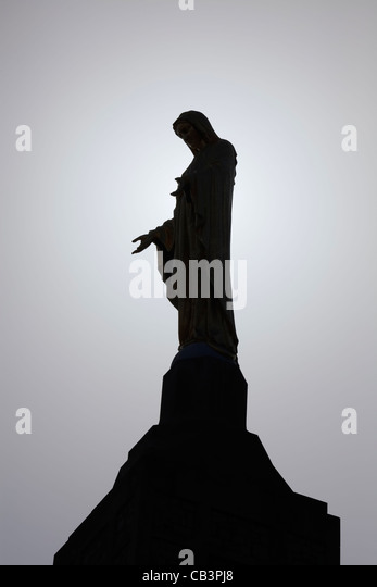 The Our Lady of the Mountain statue atop the Pangborn Memorial Campanile, Mount Saint Mary's University, Emmitsburg, - Stock Image
