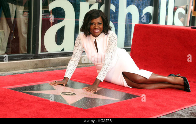 Hollywood, California, USA. 5th Jan, 2017. Viola Davis honoured with star on The Hollywood Walk of Fame. © - Stock Image