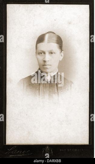 people, historic, women, woman, portrait, photograph by G. G. Lange, carte-de-visite, Darmstadt, Germany, circa - Stock-Bilder