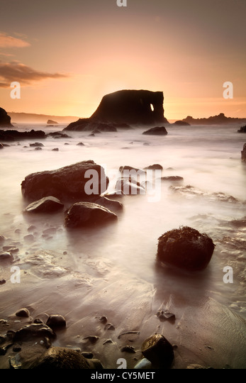 Elephant rock on the Antrim coast captured at dusk. - Stock-Bilder