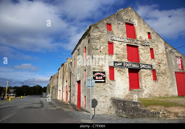 ancestry centre and swilly bottling stores in the old warehouses on the quay ramelton county donegal republic of - Stock Image