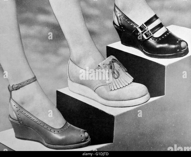 3 styles of women's shoes by 'Joyce' c1955, British shoes introduced at the end of post war rationing, - Stock-Bilder
