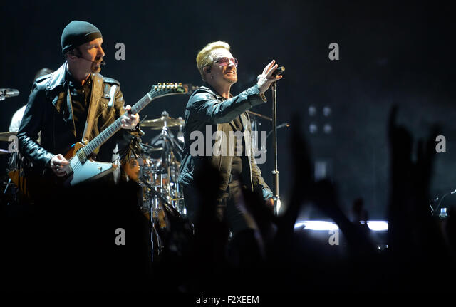 Berlin, Germany. 24th Sep, 2015. Bassist Adam Clayton (l) and singer Bono (Paul David Hewson) of Irish rock band - Stock Image