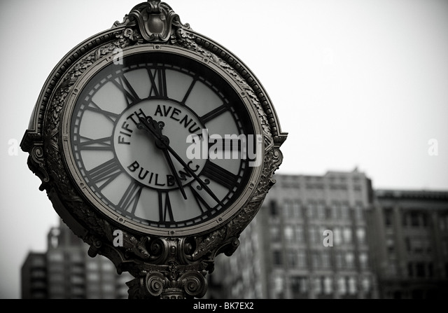 Fifth avenue clock - Stock Image
