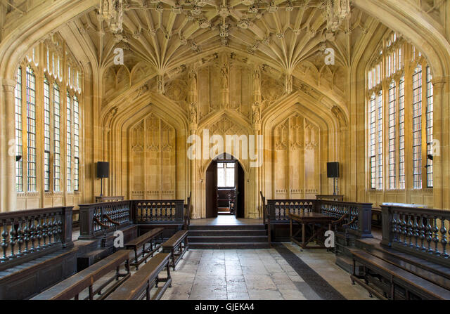 Interior of the Divinity School - built 1488, part of the current Bodleian Libraries, Oxford, Oxfordshire, England - Stock Image