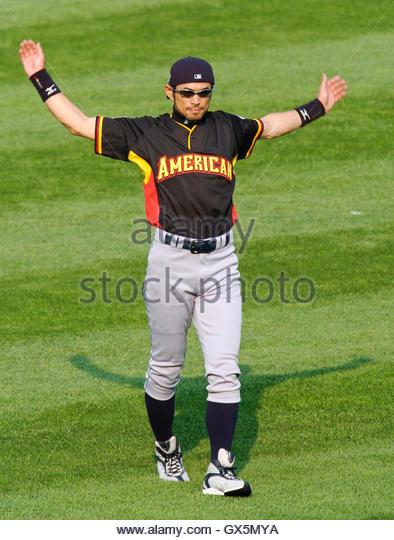 Ichiro Suzuki Batting Practice Home Run