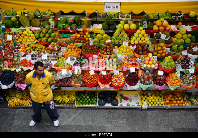 Fruit stall at Mercado Municipal, Sao Paulo, Brazil. - Stock-Bilder
