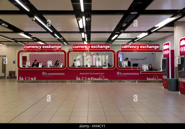 money exchange change money shop signs stock photos money exchange change money shop signs. Black Bedroom Furniture Sets. Home Design Ideas