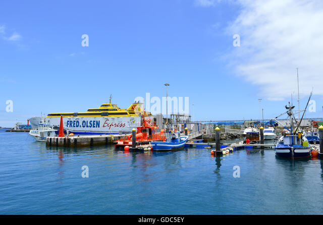 Los cristianos ferry fred olsen stock photos los for Oficina fred olsen los cristianos
