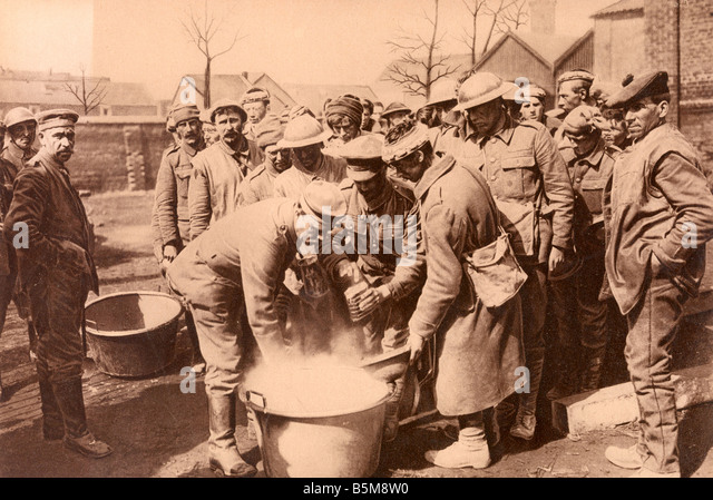 2 G55 K1 1918 10 E English Prisoners of War Photo 1918 History World War I 1914 18 Prisoners of War The Great Battle - Stock Image