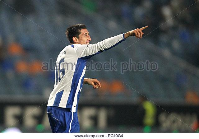 PORTUGAL, Coimbra: Porto's Mexican midfielder Héctor Herrera celebrates after scoring a goal during Premier - Stock Image
