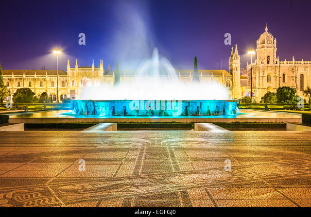 Belem, Lisbon, Portugal at the Jeronimos Monastery fountain at night. - Stock Image