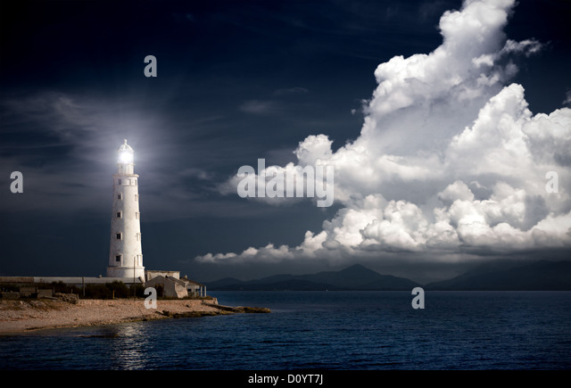 lighthouse at night - Stock Image