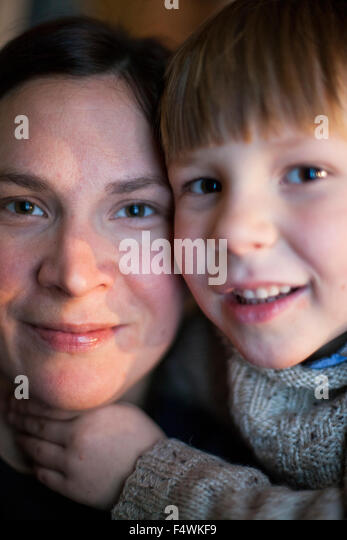 Portrait of mother and son (4-5) - Stock Image