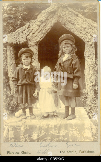 Cabinet photograph of three siblings - Stock-Bilder