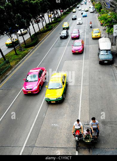 traffic, street life , everyday living , bangkok, thailand - Stock-Bilder