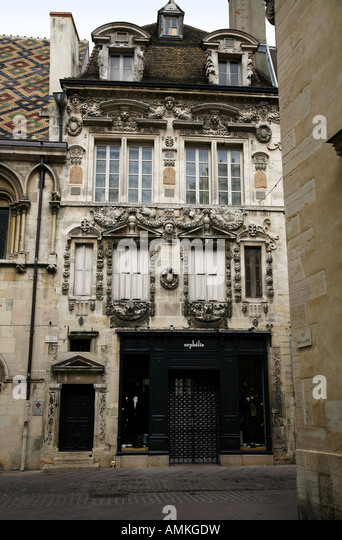 Dijon rue des forges stock photos dijon rue des forges for 82 rue brule maison lille