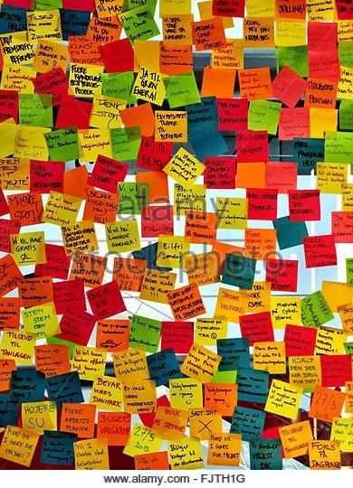 Full Frame Shot Of Sticky Notes On Glass - Stock-Bilder
