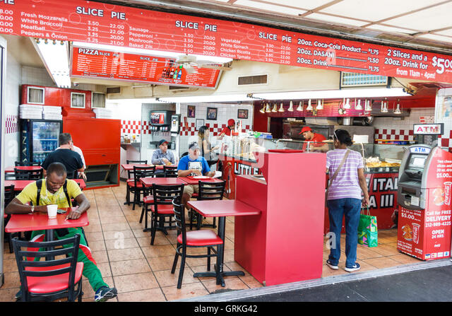 New York New York City NYC Manhattan Greenwich Village Little Italy Pizza III restaurant pizzeria business casual - Stock Image