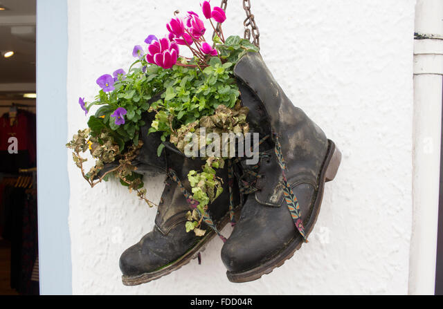 how to make a boot planter