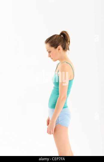 how to fix hunched shoulders