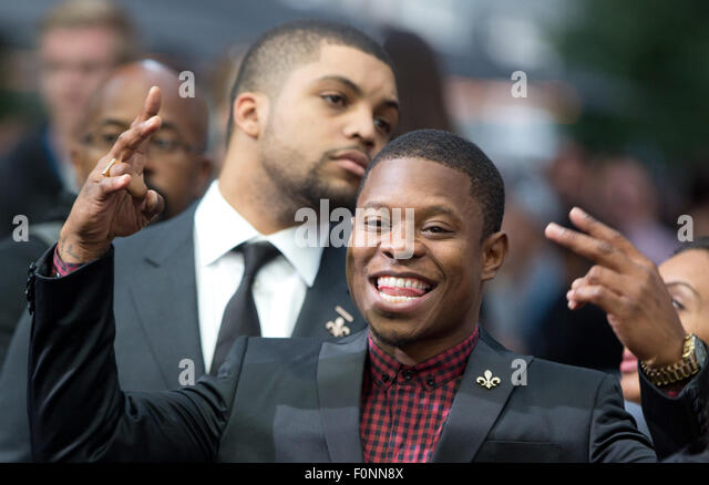 Berlin, Germany. 18th Aug, 2015. Actor O'Shea Jackson Jr. with Jason Mitchell behind him arrives at the European - Stock Image