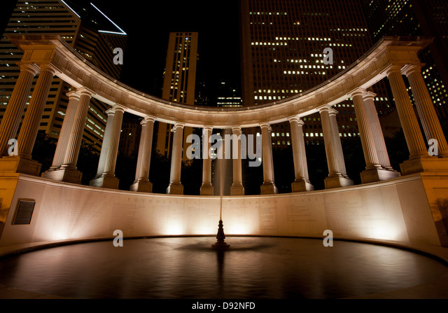 Millennium Park Founders Monument at Night, Chicago, Illinois - Stock Image