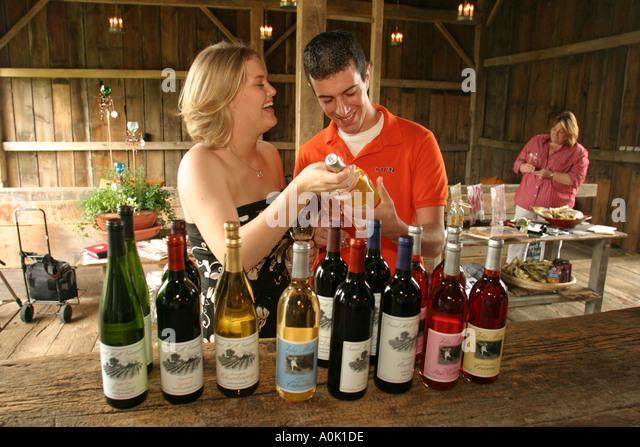 Ohio Sandusky Sand Hill Winery couple wine bottles - Stock Image
