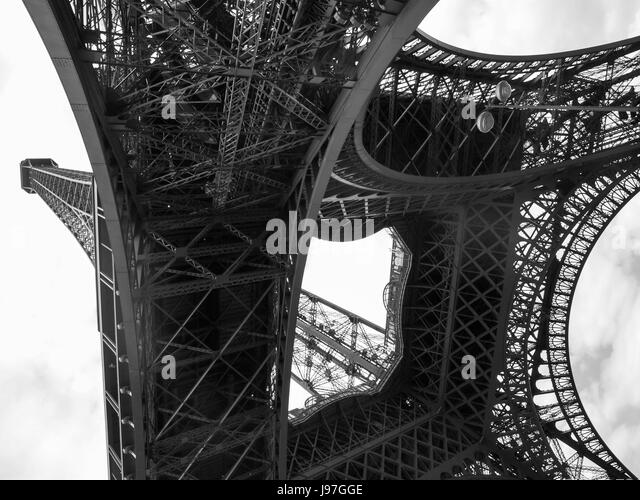 Eiffel Tower Images Black And White: Eiffel Tower Black And White Stock Photos & Eiffel Tower