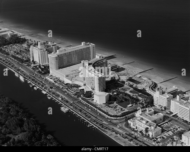1950s 1960s AERIAL VIEW FONTAINEBLEAU HOTEL MIAMI BEACH FLORIDA USA - Stock Image
