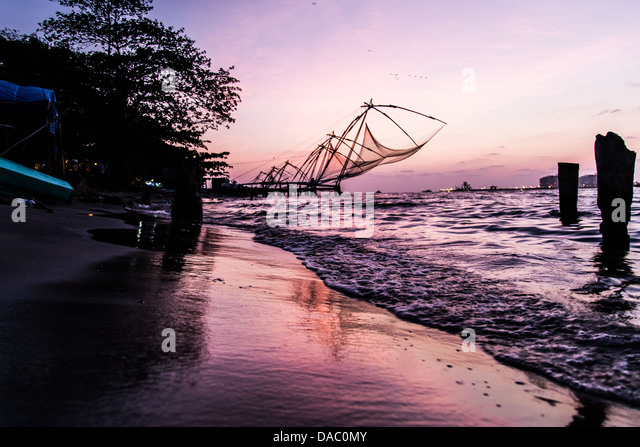 Traditional Chinese fishing nets, Kochi, Kerela, India - Stock Image
