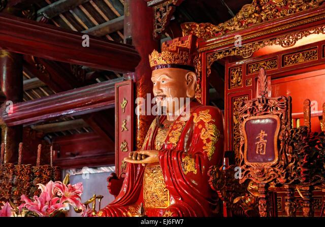 Altar dedicated to Confucius at the Temple of Literature, Hanoi, Vietnam - Stock Image