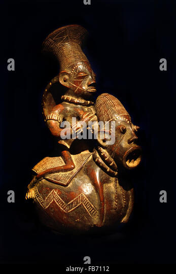 Mangbetu aristocrat vessel (Democratic Republic of Congo) 19th Century  Terracotta Africa African ( Mangbetu aristocrats - Stock Image