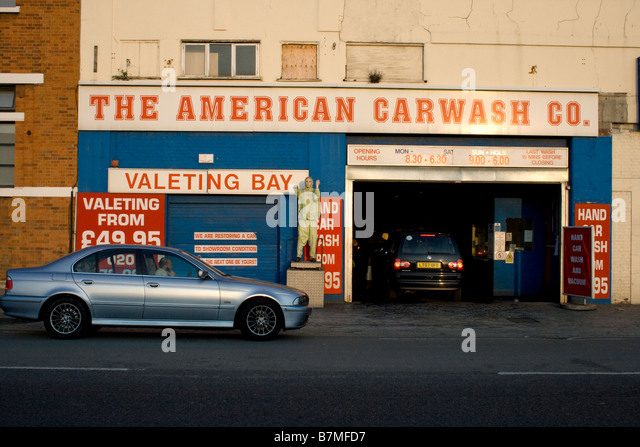 american carwash stock photos american carwash stock images alamy. Black Bedroom Furniture Sets. Home Design Ideas