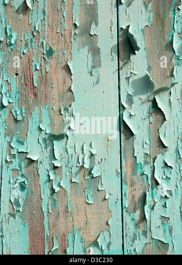 TURQUOISE PEELING PAINT ON WOOD BACKGROUND - Stock-Bilder