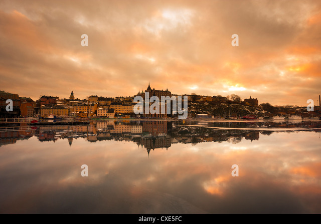 View over the river at sunset, Djurgarden, Stockholm, Sweden, Scandinavia, Europe. - Stock Image