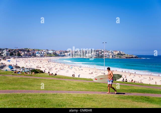 Unidentified people at Bondi Beach, Australia. - Stock-Bilder