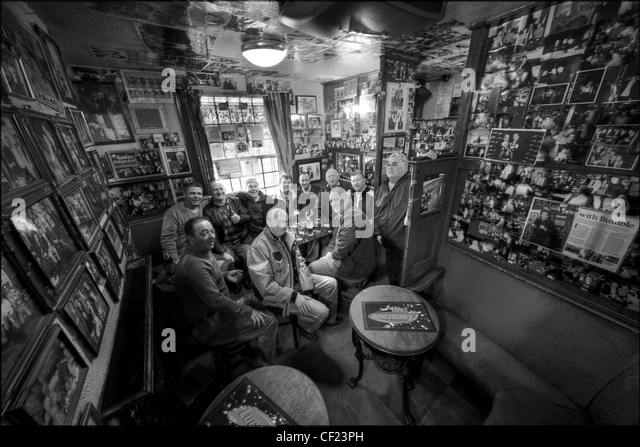 Circus Tavern, Manchester, United Kingdom. The smallest pub in the city. - Stock Image