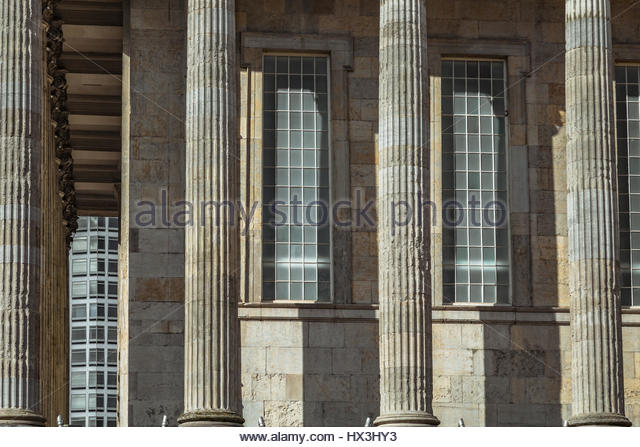 The Birmingham Twon Hall with a little of The Alpha Tower in the background - Stock Image