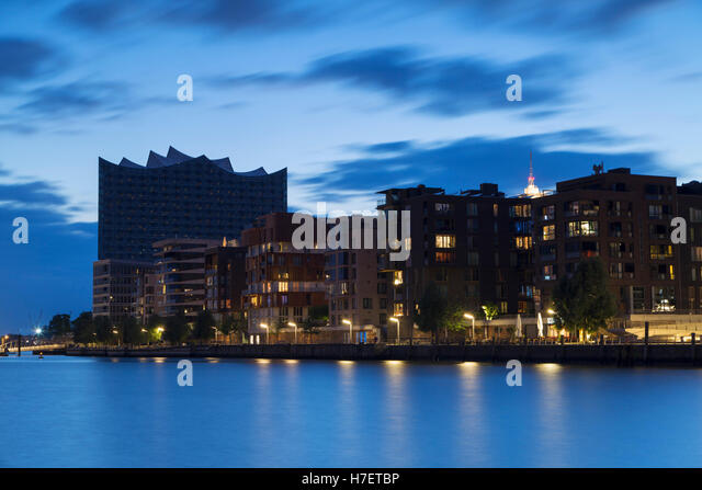 elbphilharmonie with hafencity stock photos elbphilharmonie with hafencity stock images alamy. Black Bedroom Furniture Sets. Home Design Ideas