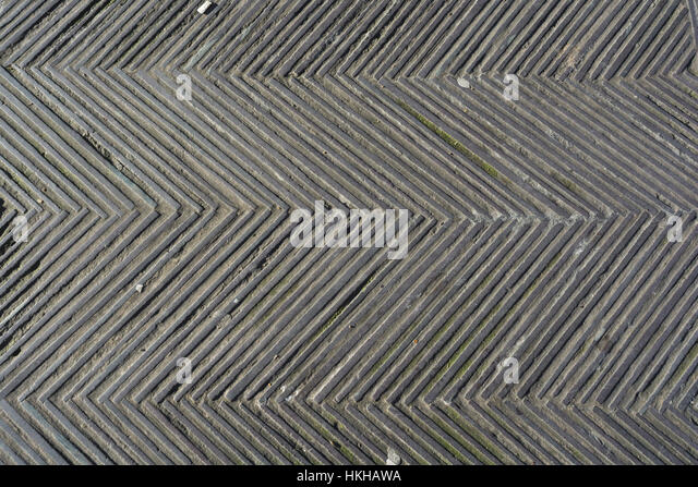 Ground / walkway texture at Tower Hill Memorial at Trinity Square Gardens, London EC3. - Stock Image