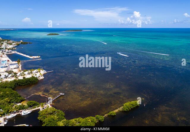 Florida Florida Keys Upper Key Largo Atlantic Ocean waterfront aerial overhead view above bird's eye - Stock Image
