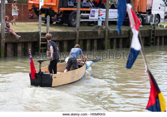 Brunel's Ships by Denis Griffiths, Andrew Lambert, Fred Walker (1999) HC/DJ 1ST