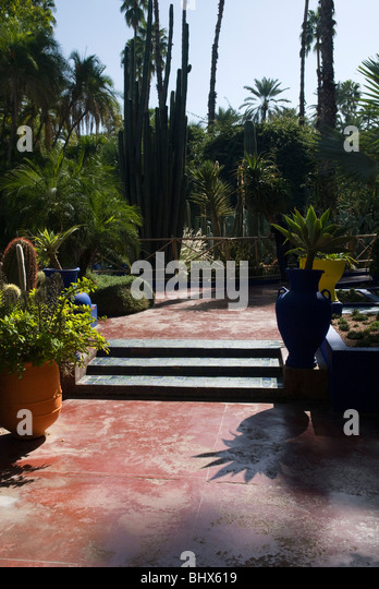 Jardin majorelle marrakech stock photos jardin majorelle for Jardin marrakech