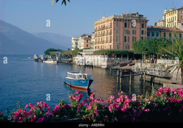Lakeside architecture, Bellagio, Lake Como, Lombardia, Italy - Stock-Bilder