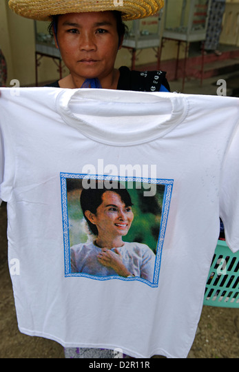 T-shirt decorated with the portrait of Aung San Suu Kyi, Burmese politician, awarded the Nobel Peace Prize in 1991, - Stock-Bilder