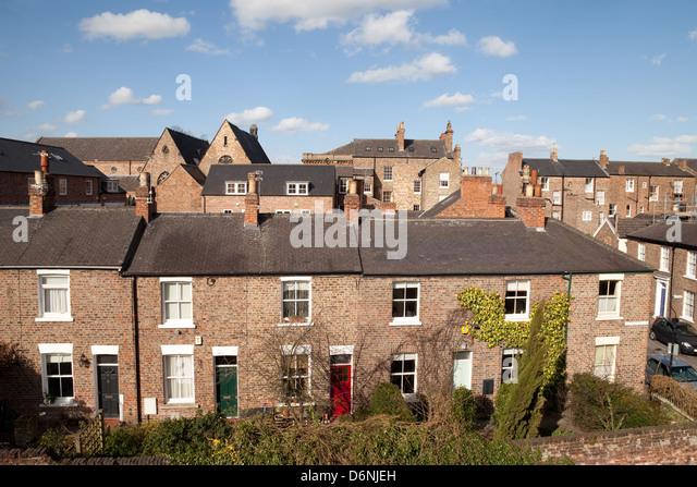Row Of Terraced Houses Stock Photos & Row Of Terraced