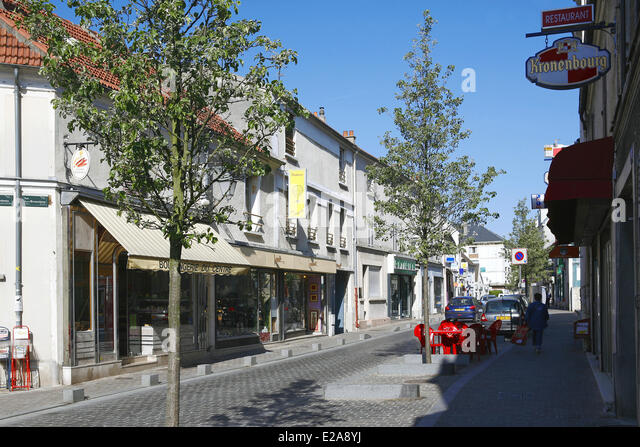 Cafe Avenue Mederic Noisy Le Grand