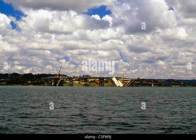 The Juscelino Kubitschek Bridge under construction, Brasilia, Brazil, year 2000 - Stock Image