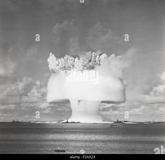 The BAKER test of Operation Crossroads, July 25, 1946. 2 seconds after the underwater detonation, the 'birthday - Stock-Bilder